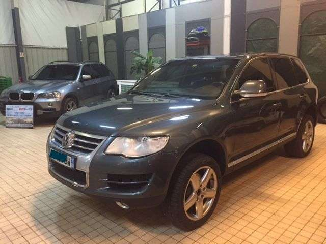 volkswagen touareg 3 0 v6 tdi 225ch dpf carat tipt d 39 occasion voitures d 39 occasion sodineg. Black Bedroom Furniture Sets. Home Design Ideas