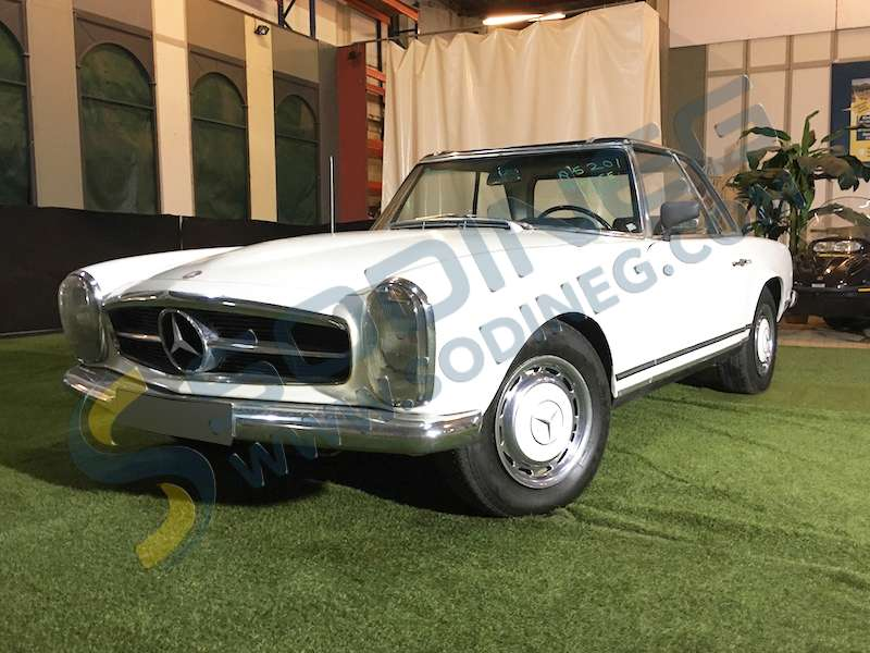 voitures de collection prestige mercedes sl 230 pagode w113 d 39 occasion voitures de collection. Black Bedroom Furniture Sets. Home Design Ideas